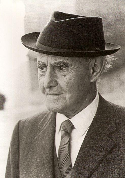 J.V. Foix