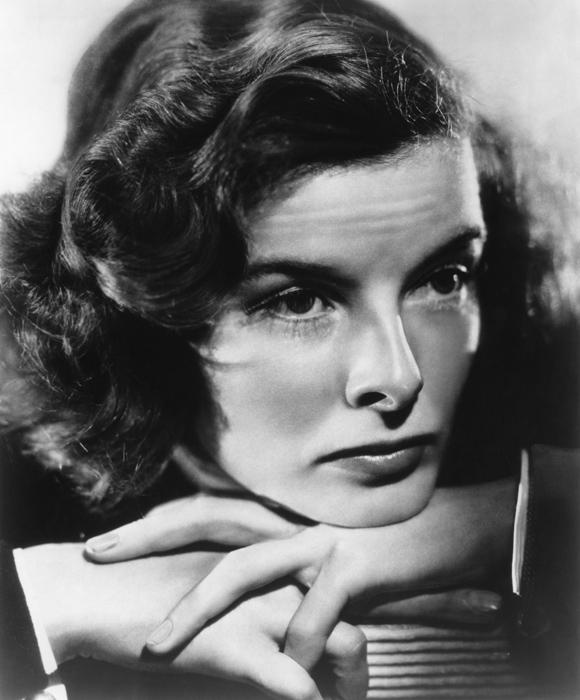 Resultat d'imatges de KathleenTurner, actriu nord-americana