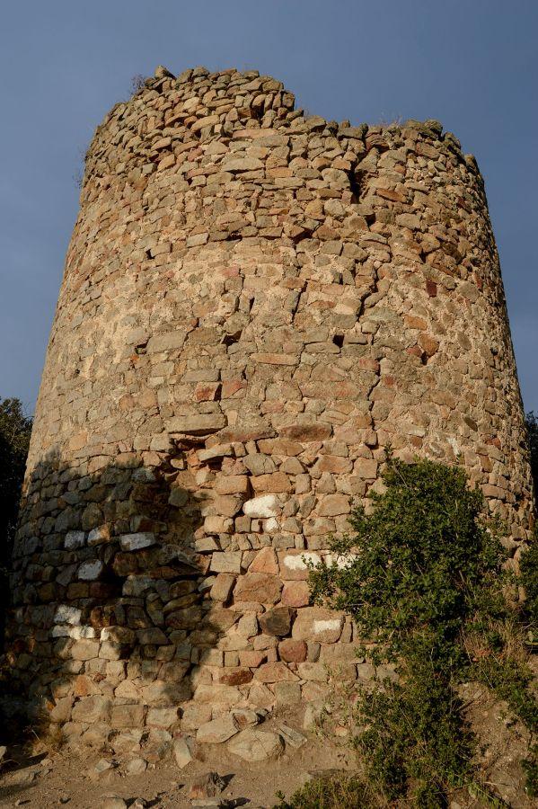castell de Sant Miquel de Montornès | enciclopèdia.cat